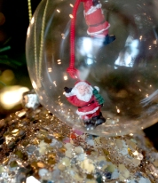 These two hanging Santa's were part of a broken necklace. Now these guys are just hanging around.